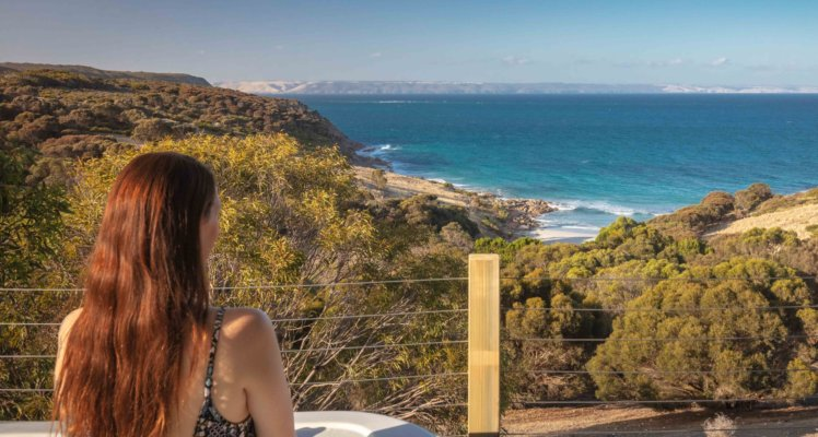 Kangaroo Island luxury retreat; 5 star accommodation on kangaroo island; Sea Dragon Lodge; Deluxe Spa Villa Osprey