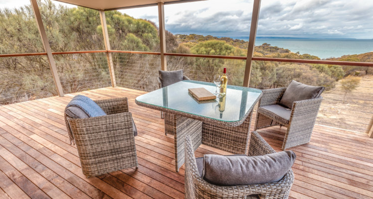 KI Retreats; Retreats on kangaroo island; Sea Dragon Lodge; The Retreat Deck